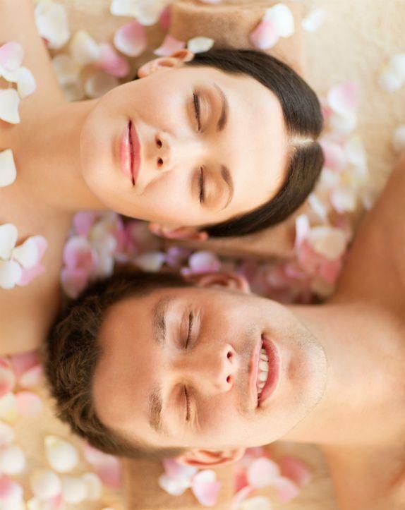 Релакс массаж с применением горячего масла для пар