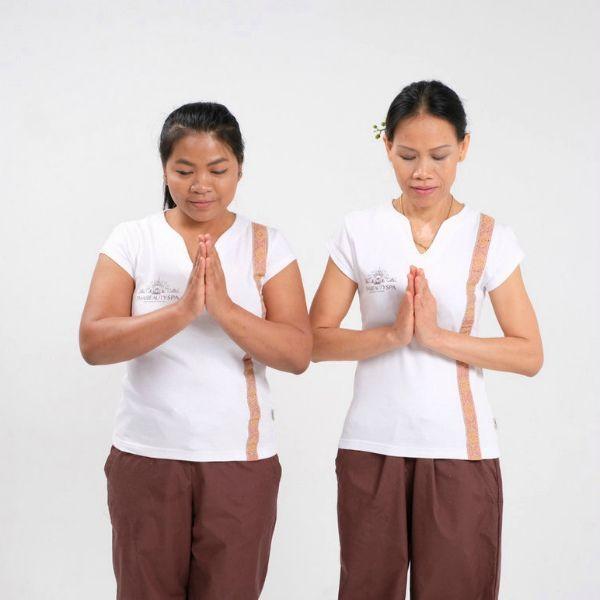 Мастера тайского массажа Тила и Мигель